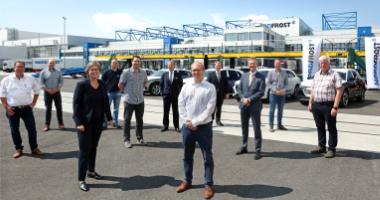 https://www.seaports.de/content/uploads/20210609_Foto-Containerhafen-Wilhelmshaven-Erster-Zug-am-NORDFROST-Seehafen-Terminal_vorschau.jpg